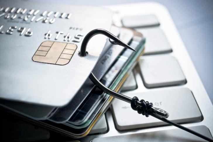 自己アフィリエイトで稼げるクレジットカード狙い目案件&危険性3選とは