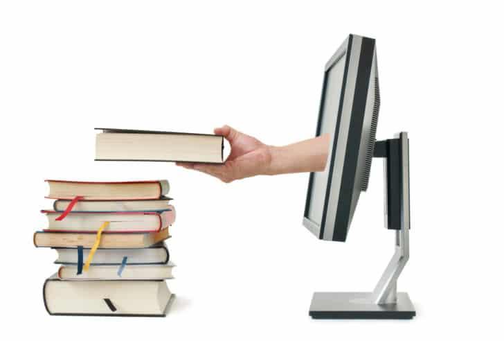 本で勉強だけでは稼げない!情報商材と本の5つの違いアフィリエイターが解説