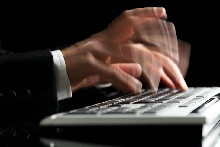1日1万字は余裕?Webライティングを早く書くリサーチのコツ3選とは